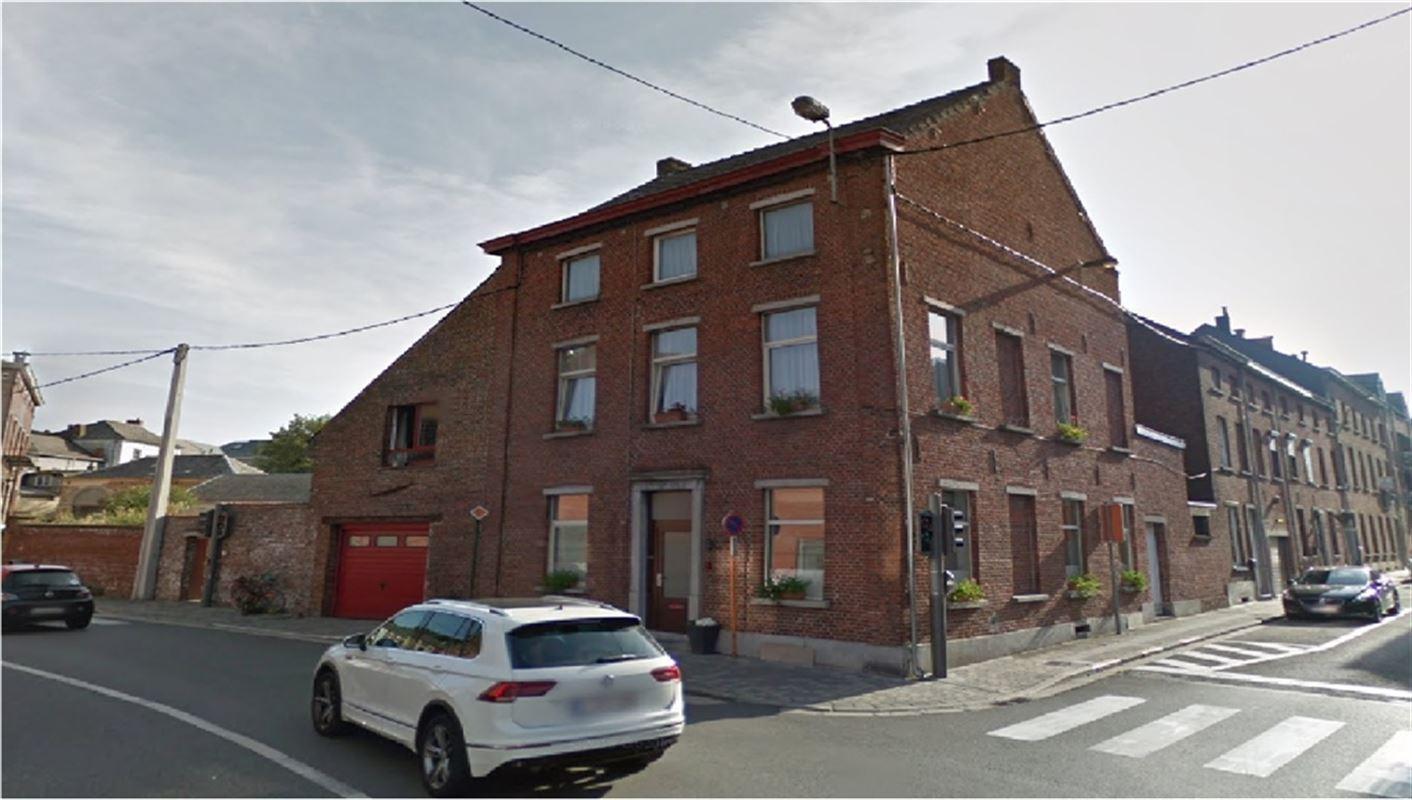 Très belle et spacieuse maison avec garage et jardin a 2 pas de la grand'place – NIVELLES